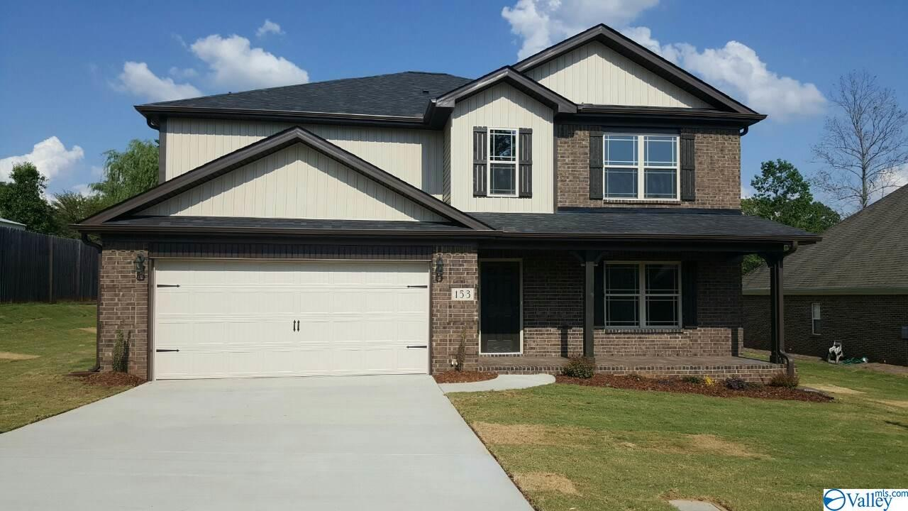 Photo of home for sale at 144 Heritage Way, Toney AL