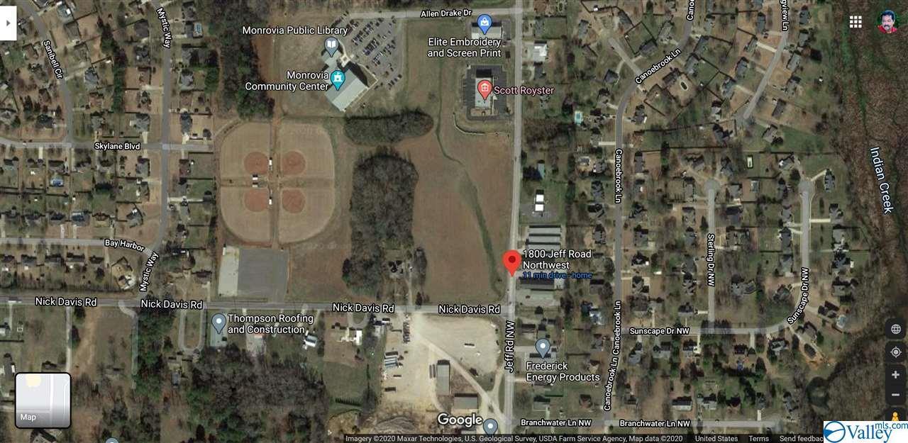 Photo of home for sale at 1810 Jeff Road, Huntsville AL