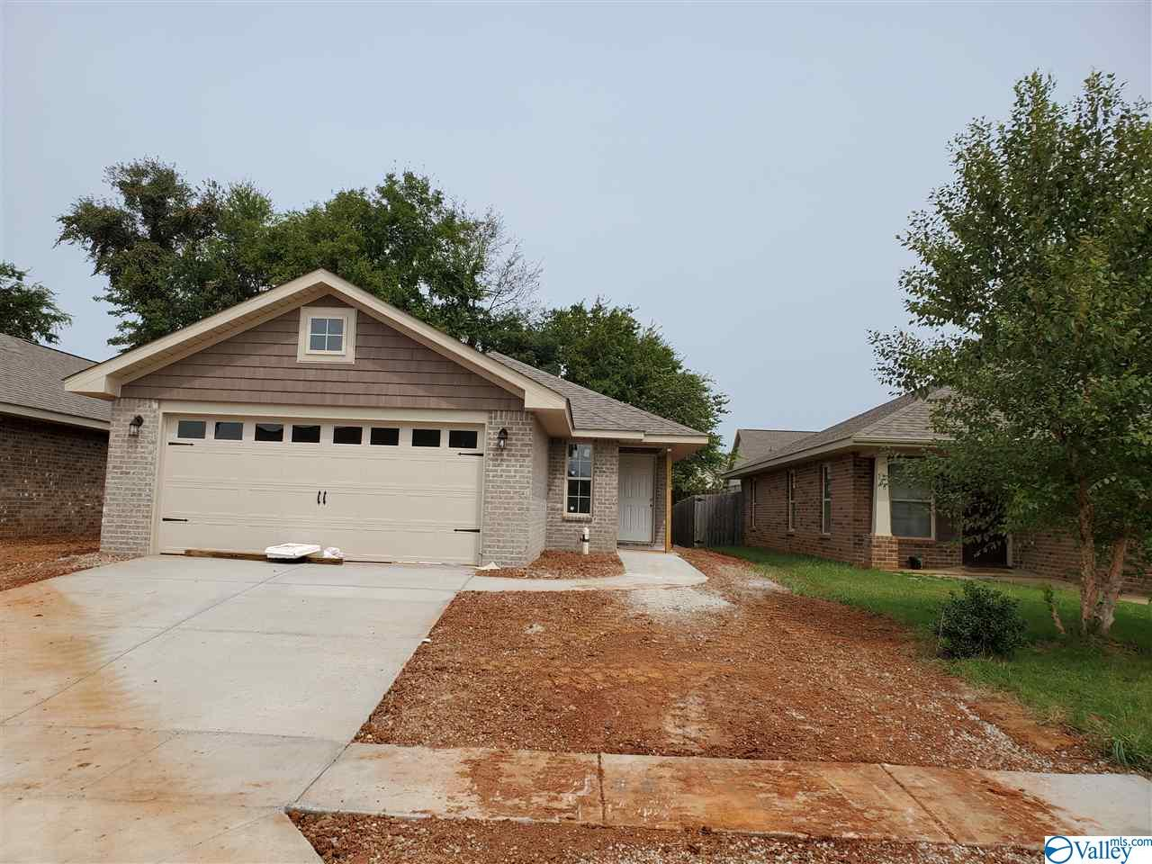 Photo of home for sale at 178 Tybee Drive, Madison AL