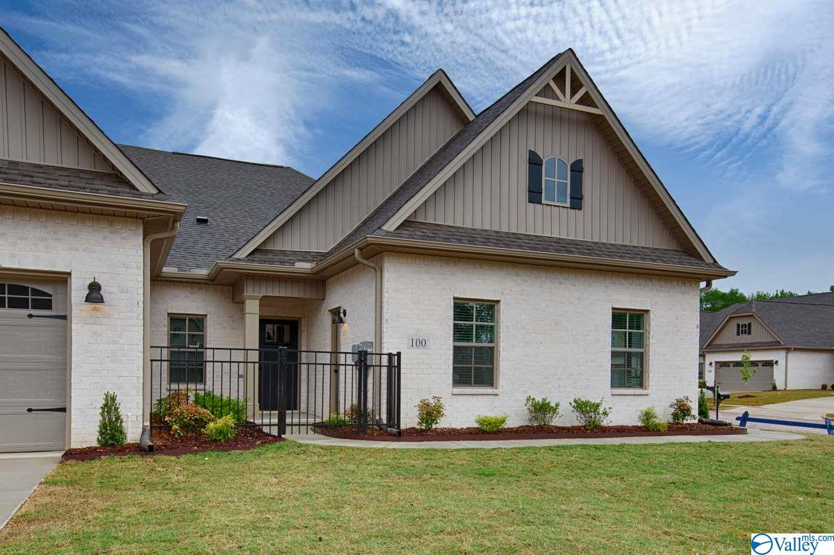 Photo of home for sale at 156 John Deere Way, Madison AL