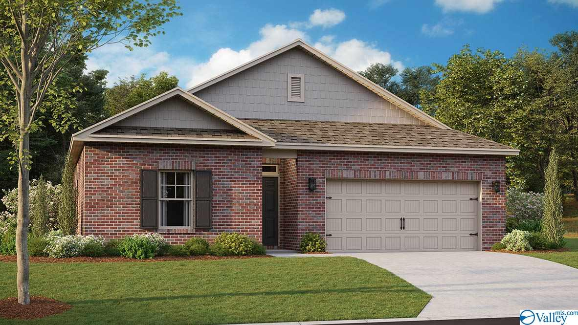 Photo of home for sale at 226 Lakewater Circle, Meridianville AL