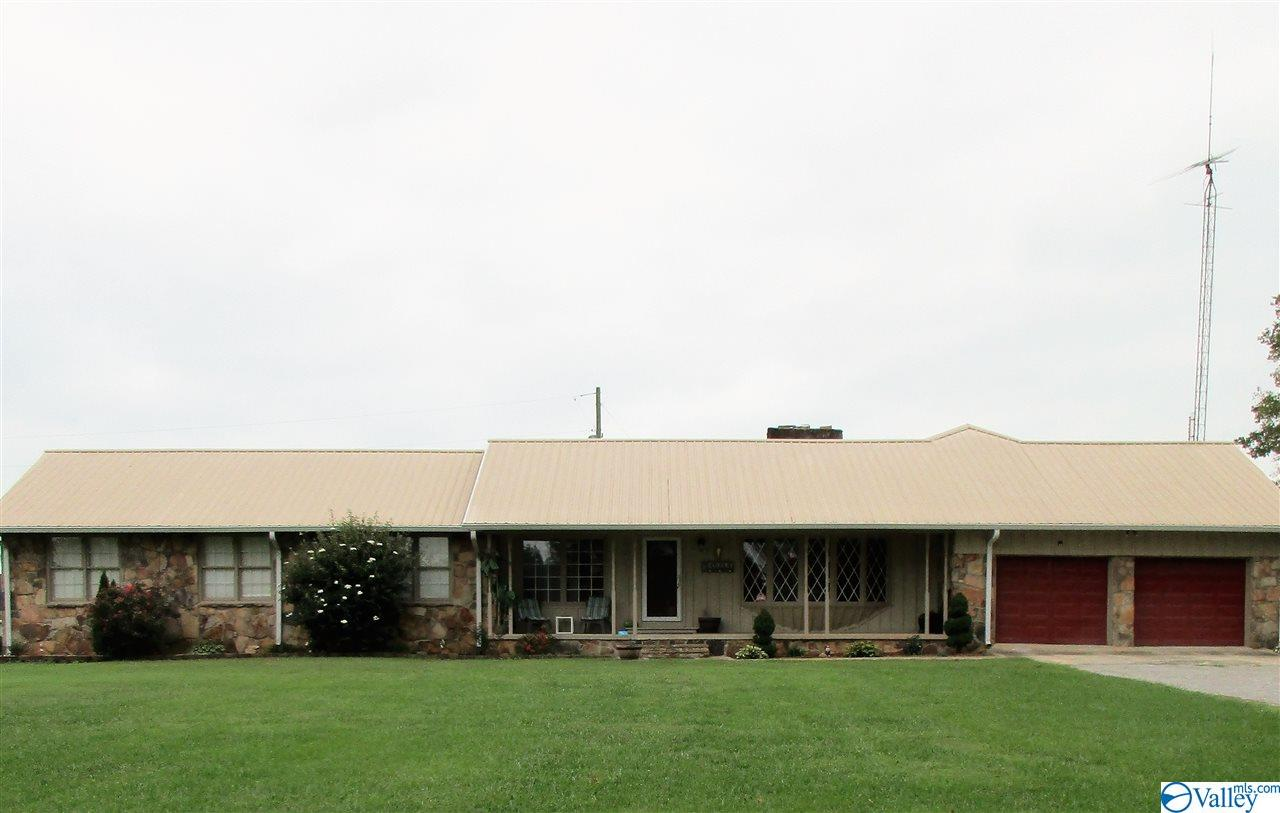 Photo of home for sale at 16560 Alabama Highway 20, Hillsboro AL