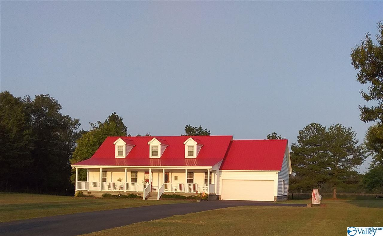 Photo of home for sale at 487 County Road 41, Section AL