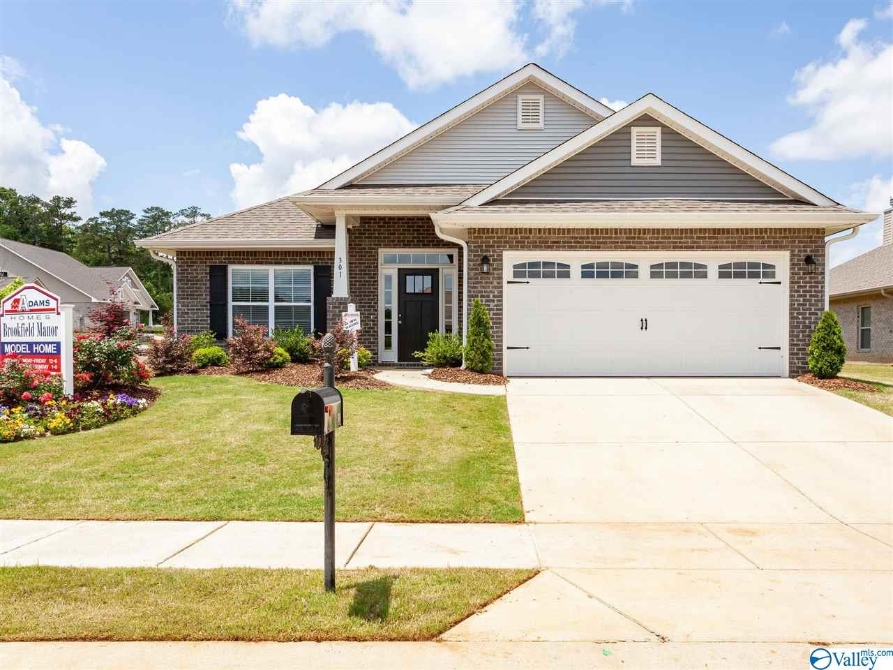Photo of home for sale at 216 Properzi Way, Huntsville AL