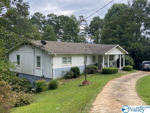 Photo of home for sale at 2405 Scenic Drive, Gadsden AL
