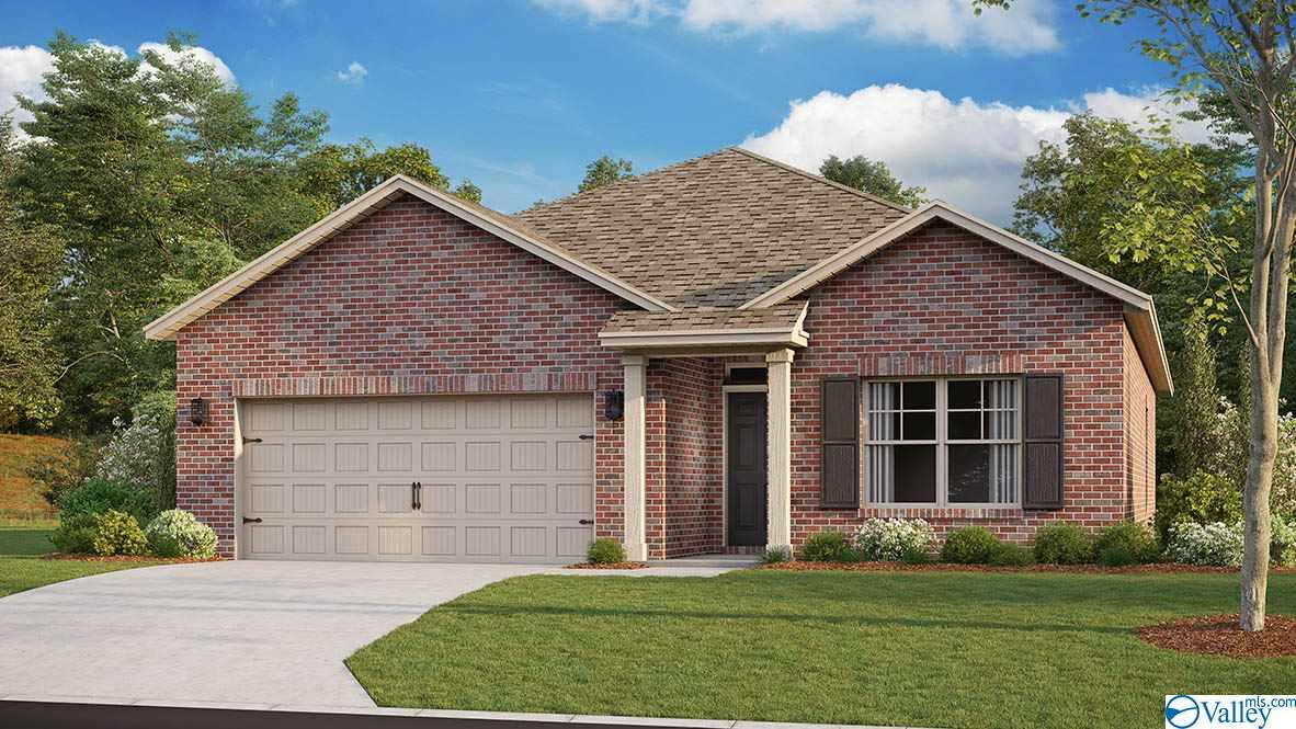 Photo of home for sale at 215 Lakewater Circle, Meridianville AL