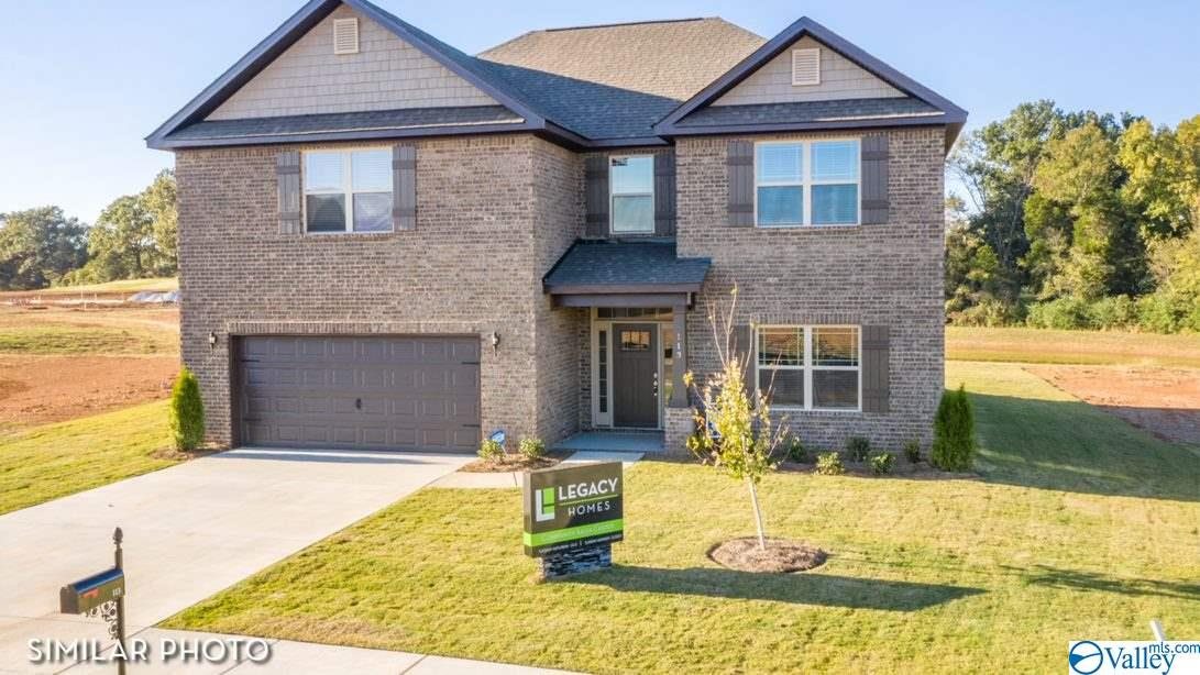 Photo of home for sale at 108 Holly Fern Drive, Harvest AL
