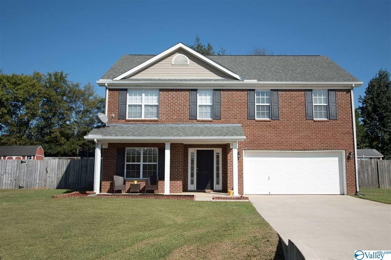 Photo of home for sale at 221 Guardian Drive, Harvest AL