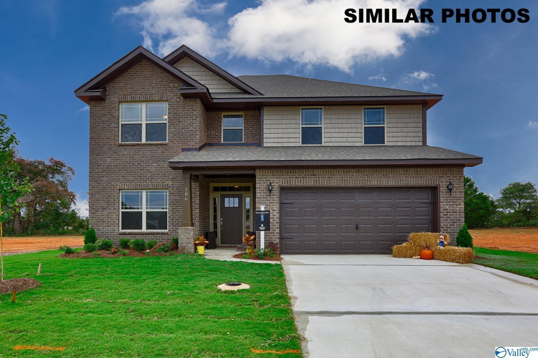Photo of home for sale at 122 Pomelo Street, Huntsville AL
