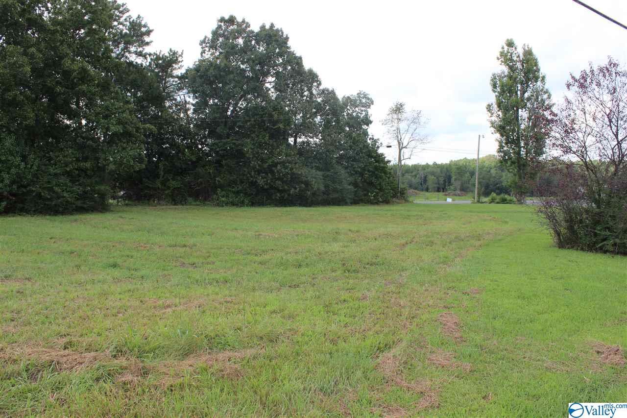 Photo of home for sale at 2 Bluebird Drive, Sylvania AL