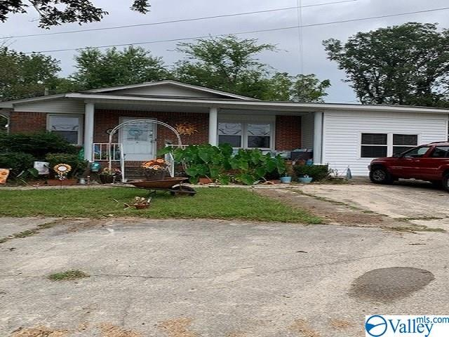 Photo of home for sale at 15660 & 15676 US Hwy 231, Union Grove AL