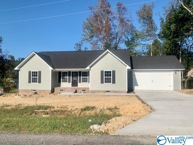 Photo of home for sale at 114 Vfw Road, Rainsville AL