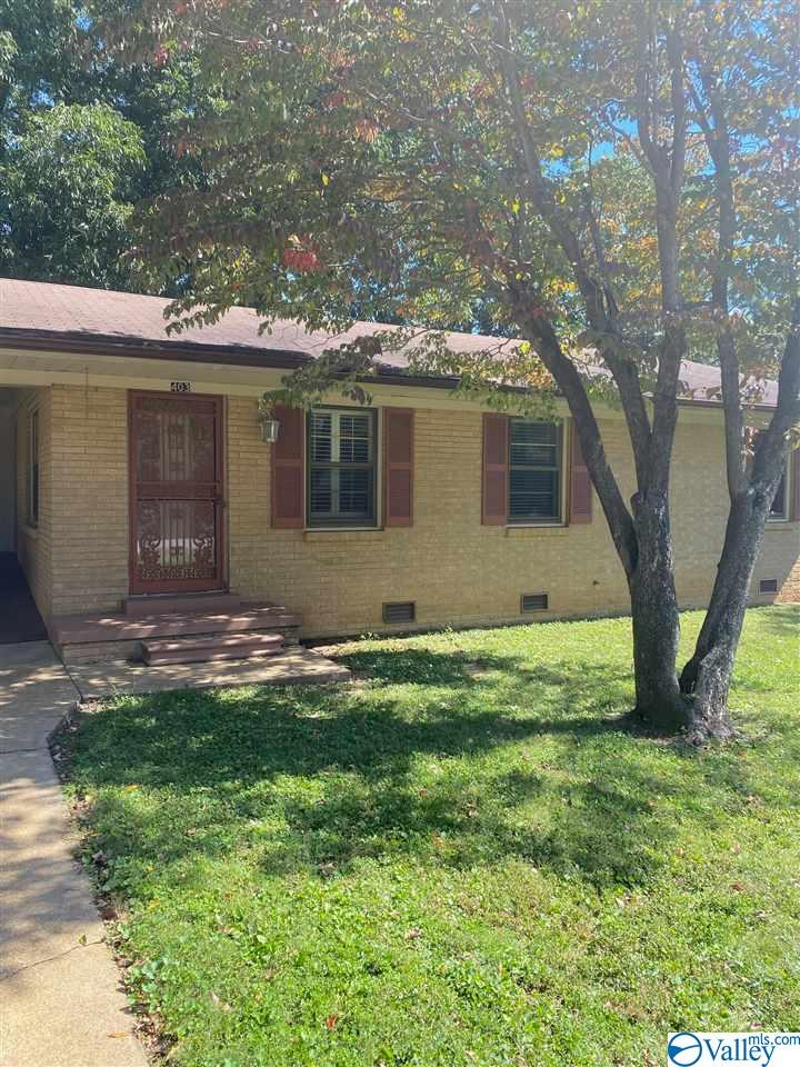 Photo of home for sale at 403 Schilling Street, Athens AL