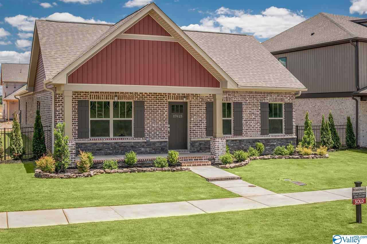 Photo of home for sale at 17258 Brooklawn Street, Athens AL