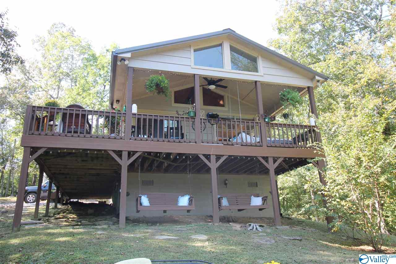 Photo of home for sale at 651 County Road 147, Cullman AL