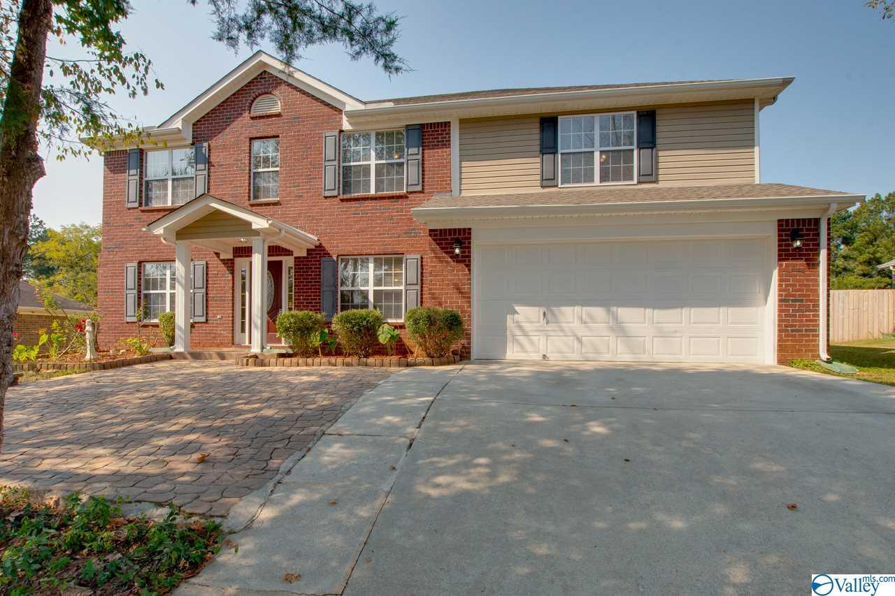 Photo of home for sale at 110 Vandenberg Lane, Harvest AL