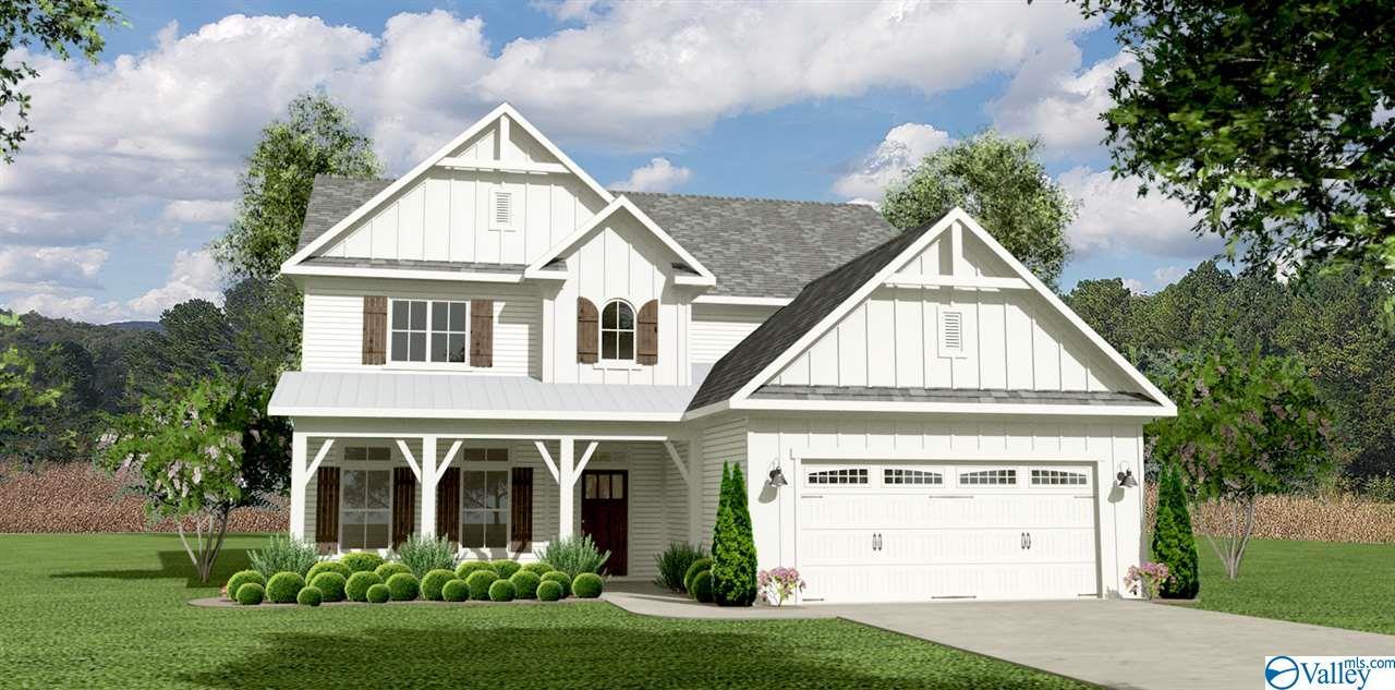 Photo of home for sale at 7127 Kingsbridge Lane, Owens Cross Roads AL