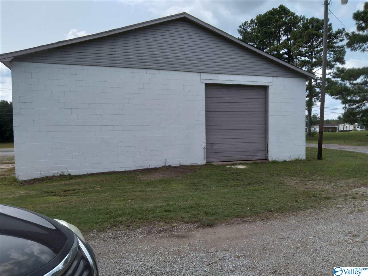 Photo of home for sale at 18706 Jefferson Street, Athens AL