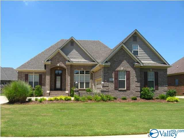 Photo of home for sale at 17477 Carillon Drive, Athens AL