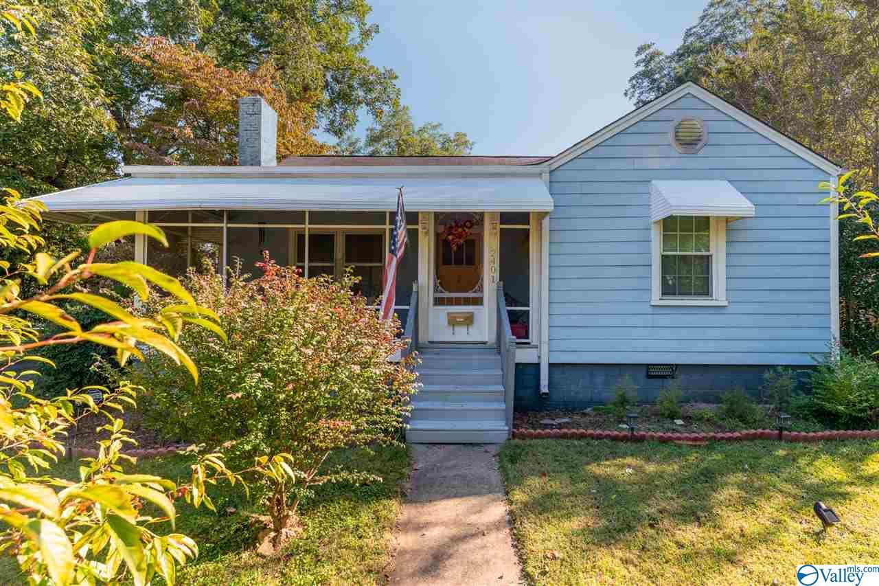 Photo of home for sale at 2401 Gallatin Street, Huntsville AL
