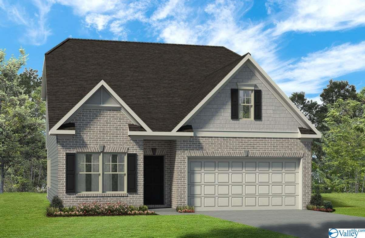 Photo of home for sale at 102 Lincoln Gray Circle, New Market AL