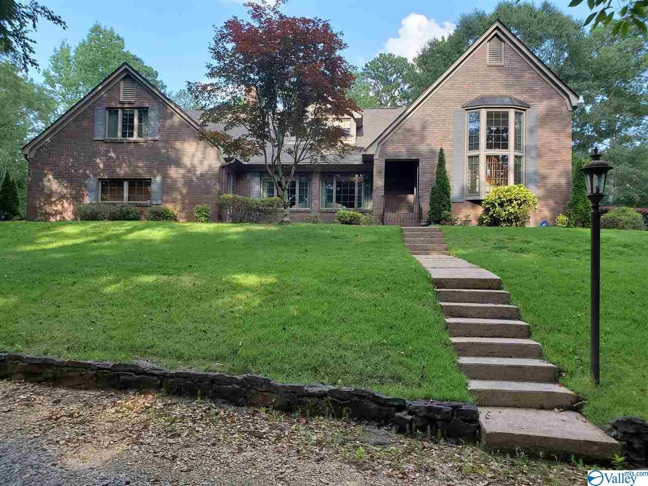 Photo of home for sale at 112 Hampton Lane, Hamilton AL