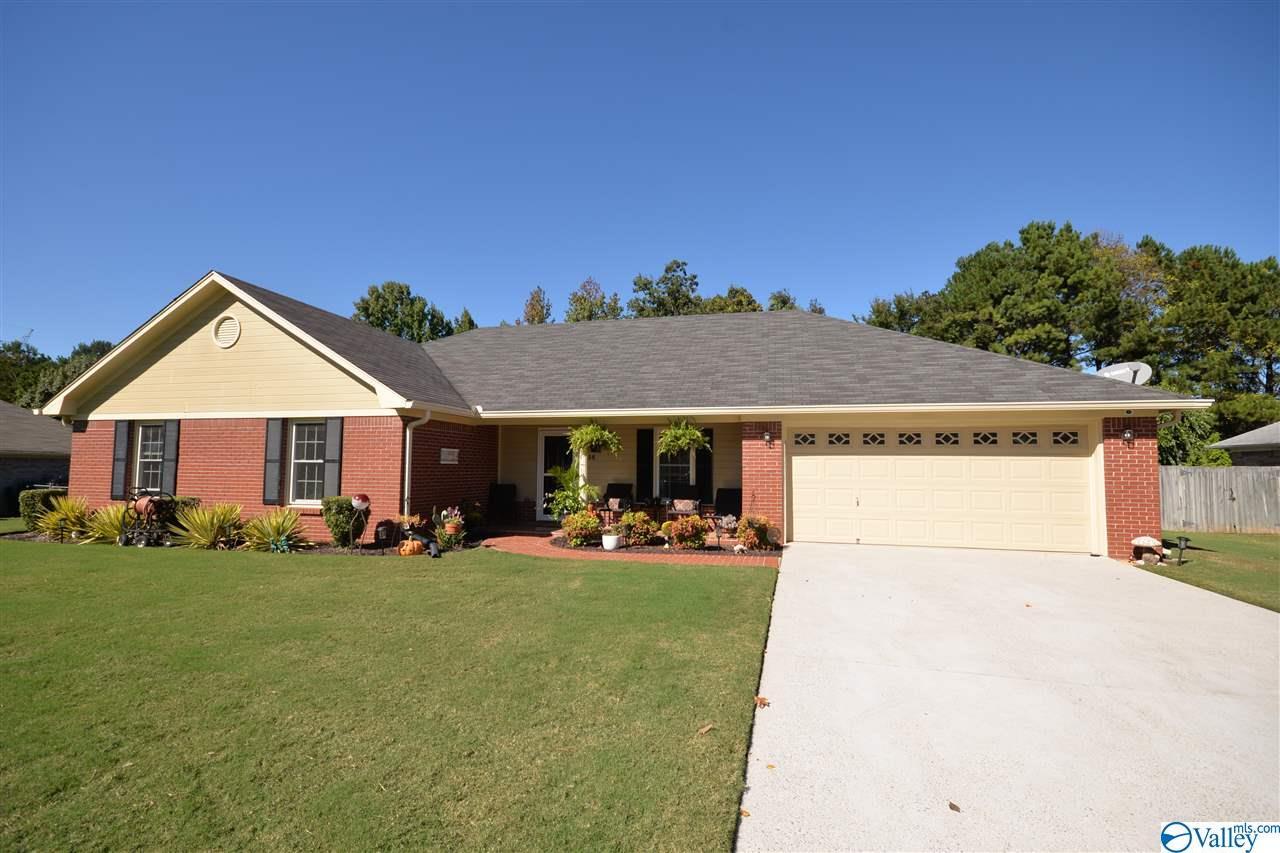 Photo of home for sale at 236 Amber Lane, Harvest AL