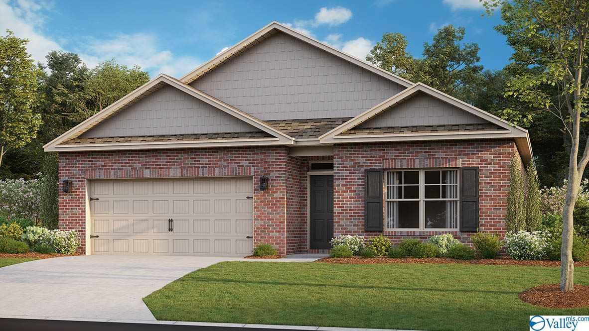 Photo of home for sale at 7004 Lost Creek Drive, Huntsville AL
