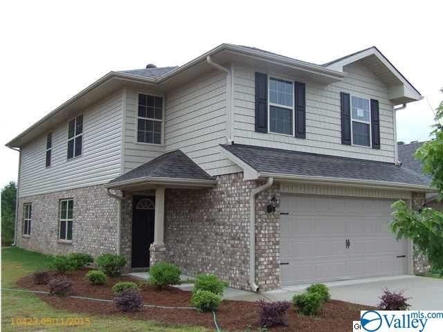 Photo of home for sale at 166 Tybee Drive, Madison AL