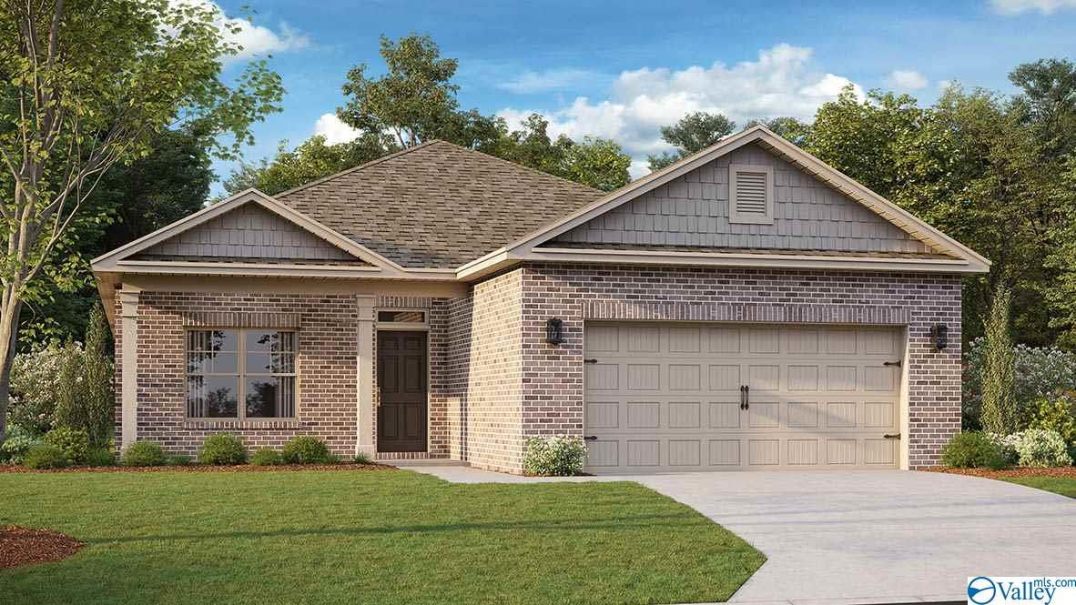 Photo of home for sale at 7006 Lost Creek Drive, Huntsville AL