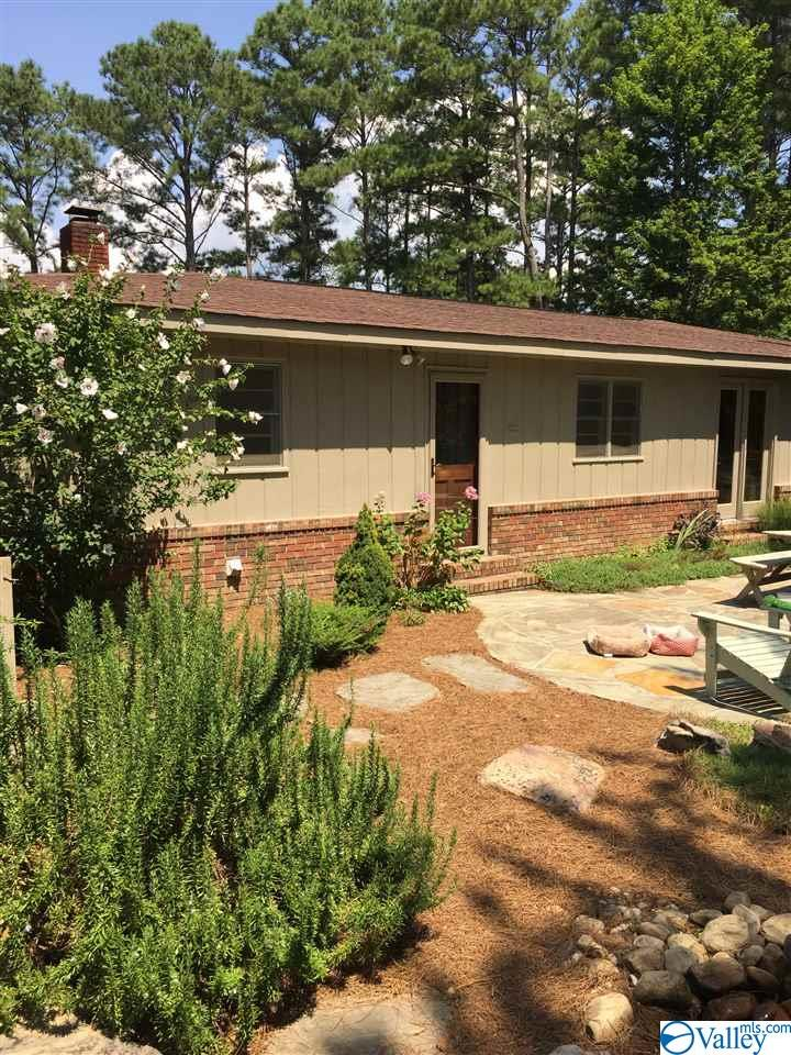 Photo of home for sale at 6244 County Road 48, Cedar Bluff AL