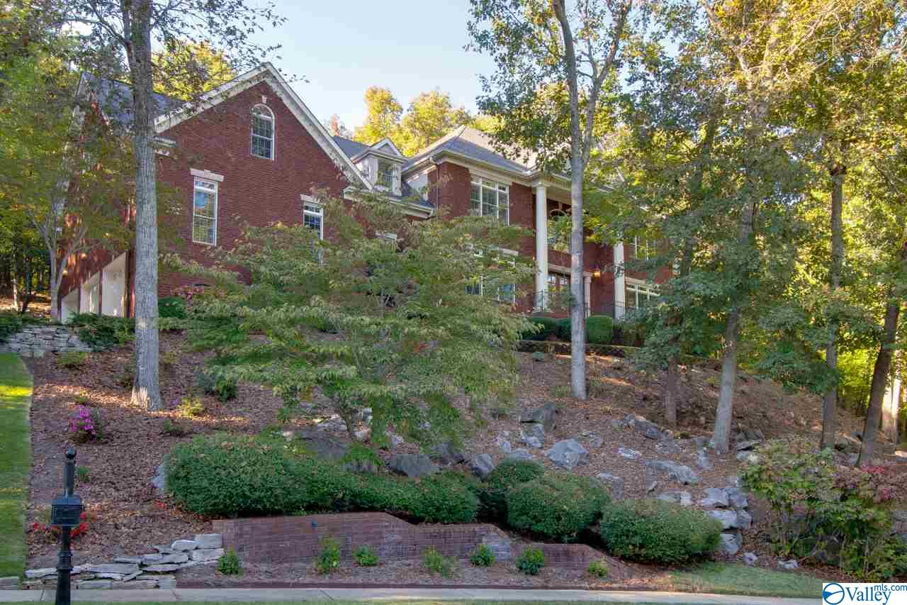 Photo of home for sale at 2986 Hampton Cove Way, Owens Cross Roads AL