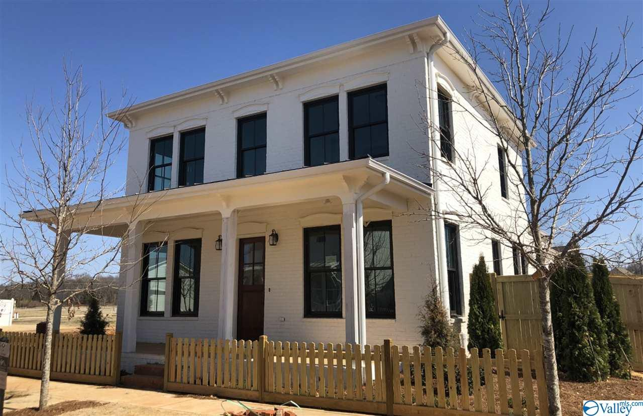 Photo of home for sale at 107 Bur Oak Drive, Madison AL