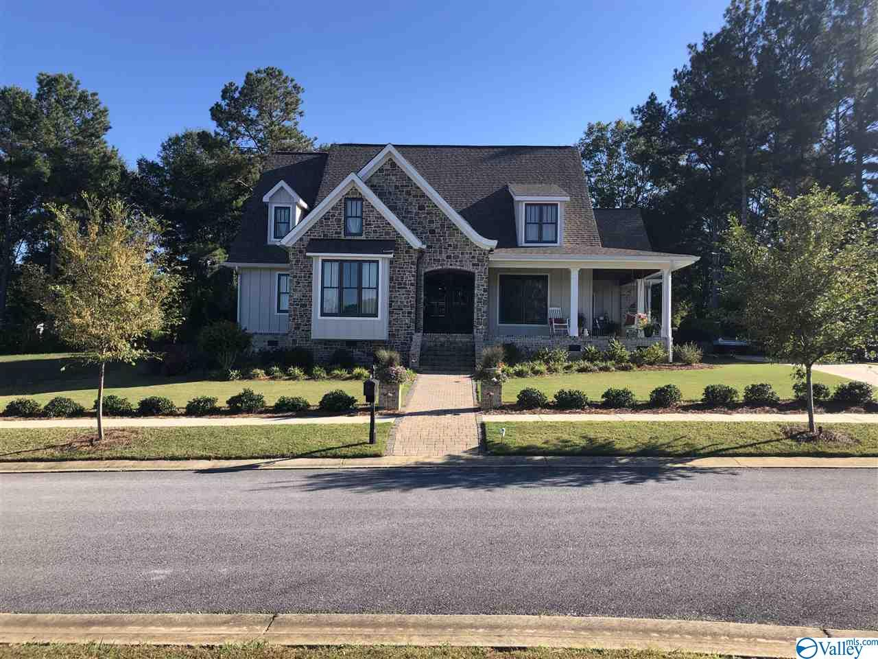 Photo of home for sale at 130 Copper Leaf Walk, Gadsden AL