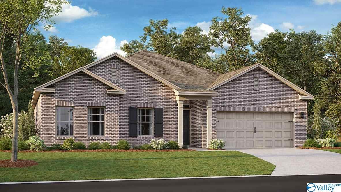 Photo of home for sale at 133 Blackburn Trace, Huntsville AL