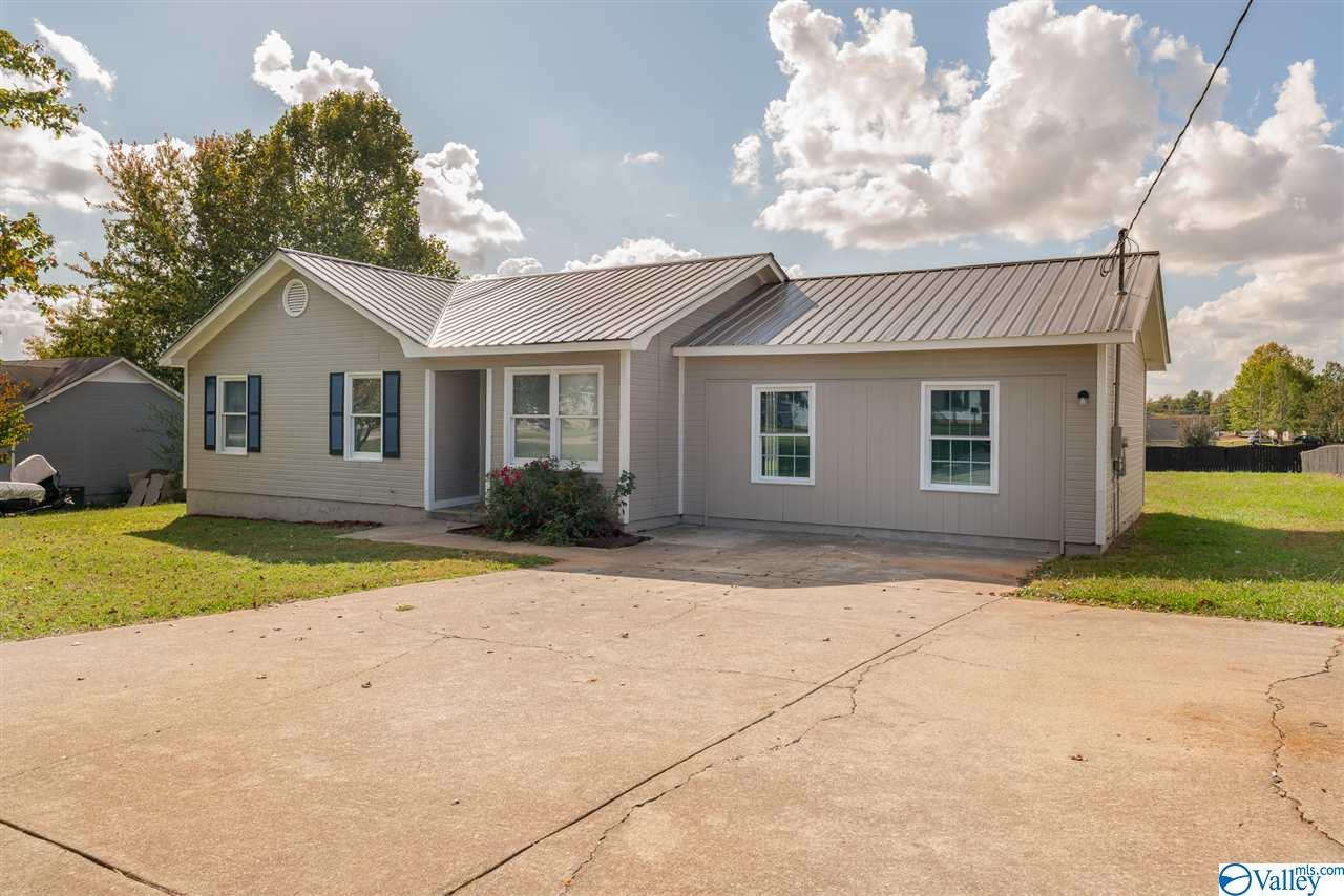 Photo of home for sale at 12767 Burgreen Road, Madison AL