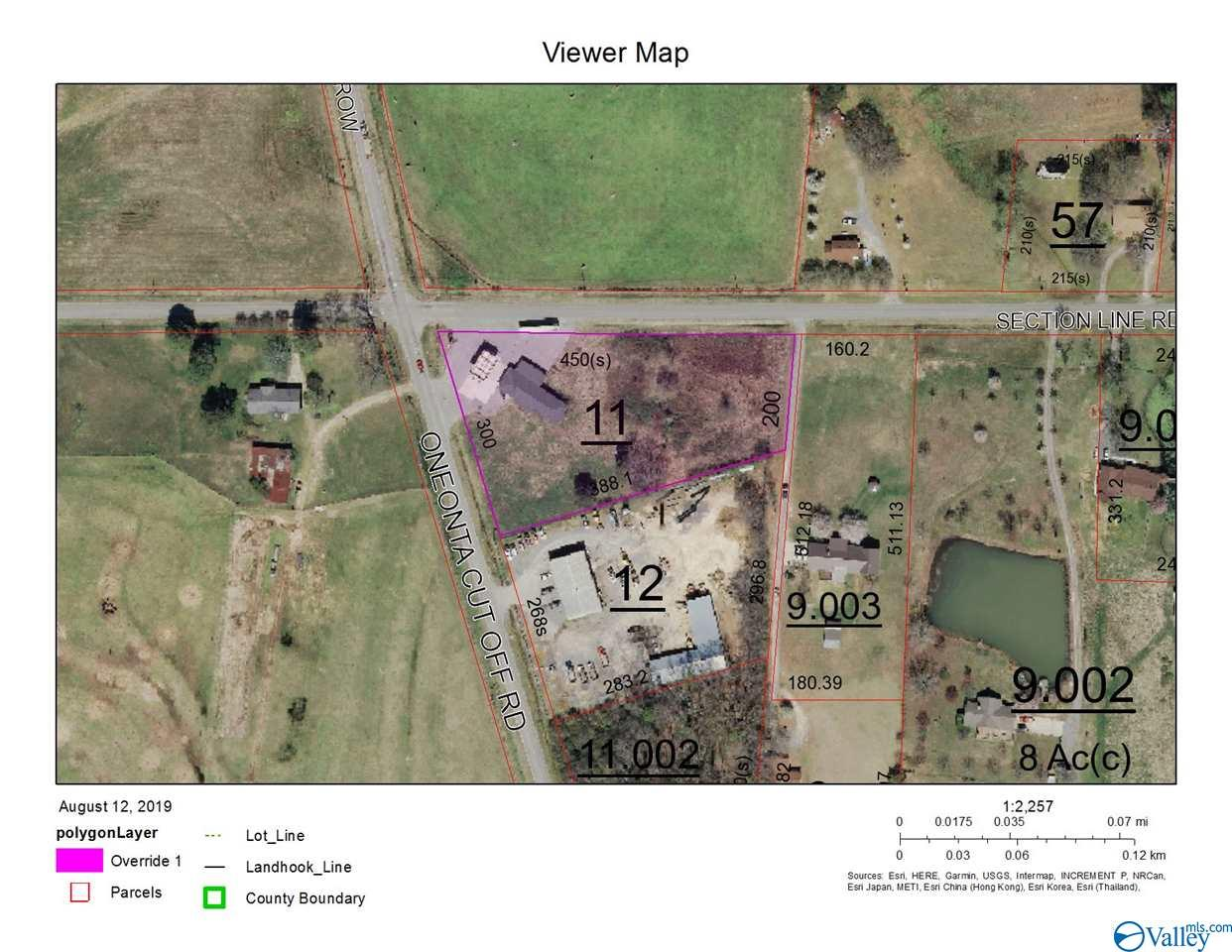 Photo of home for sale at 2185 Oneonta Cut-Off Road, Albertville AL