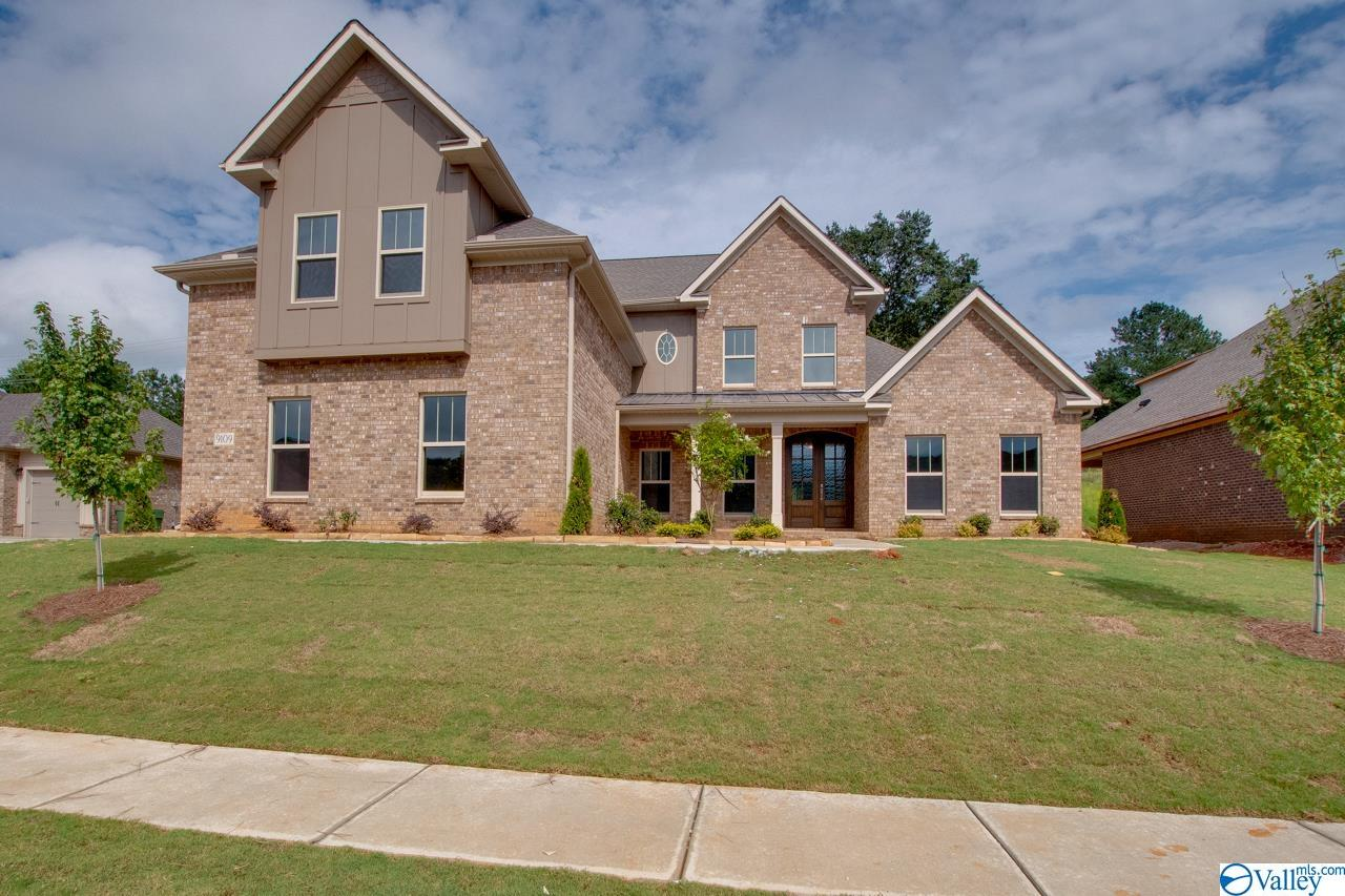 Photo of home for sale at 9109 Wagon Pass Way, Owens Cross Roads AL