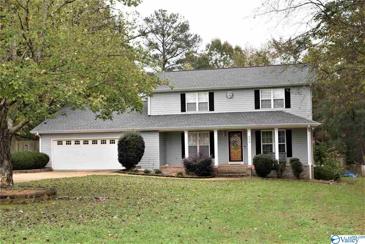 Photo of home for sale at 359 Elbert Street, Gadsden AL