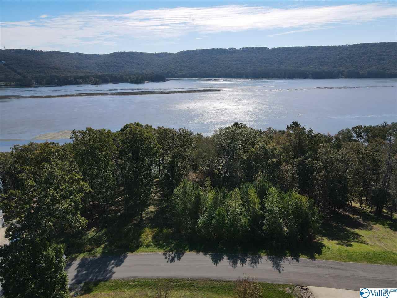 Photo of home for sale at Lot 51 Monte Sano Drive, Scottsboro AL