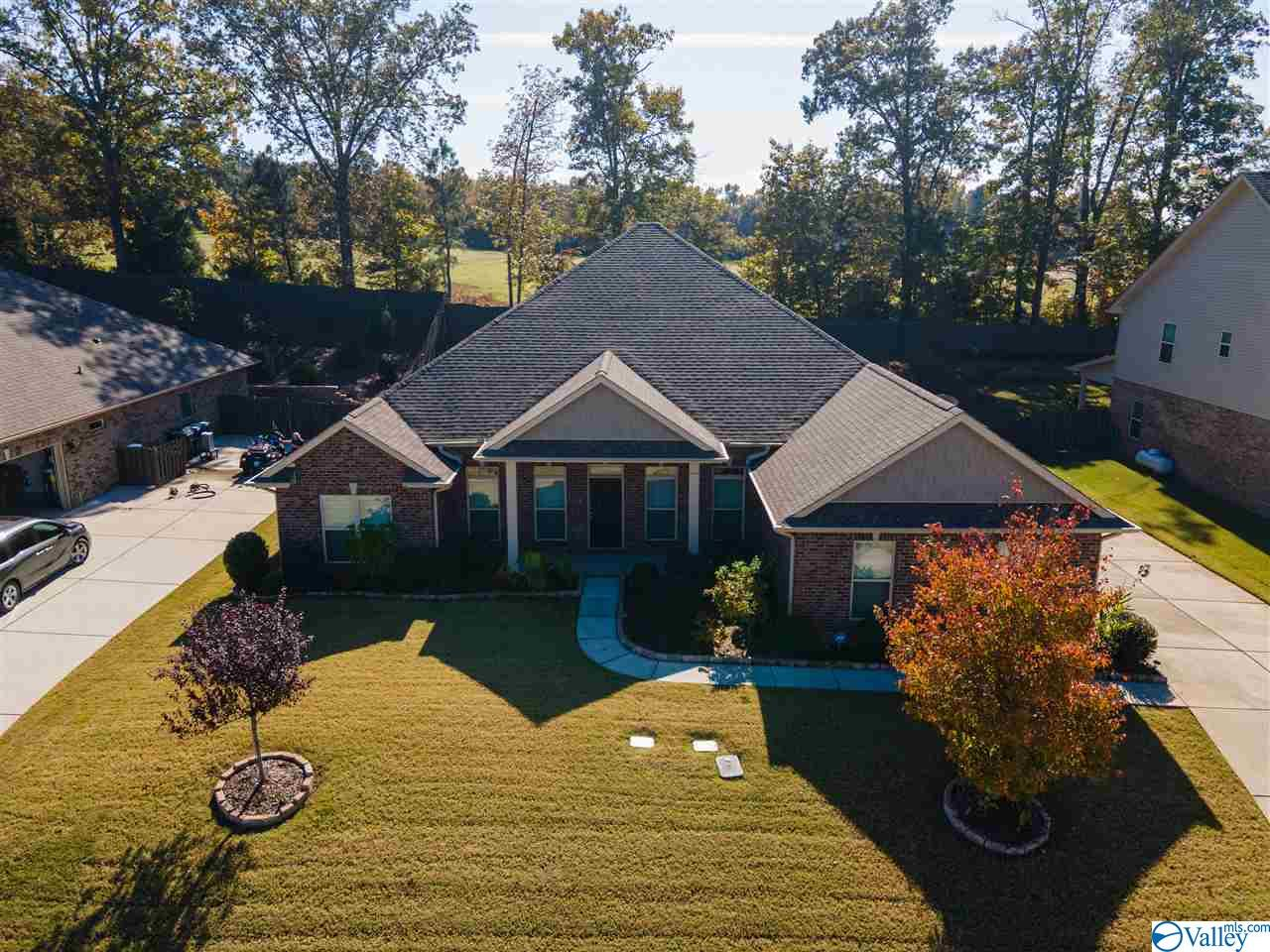 Photo of home for sale at 111 Chesnut Heath Court, Madison AL