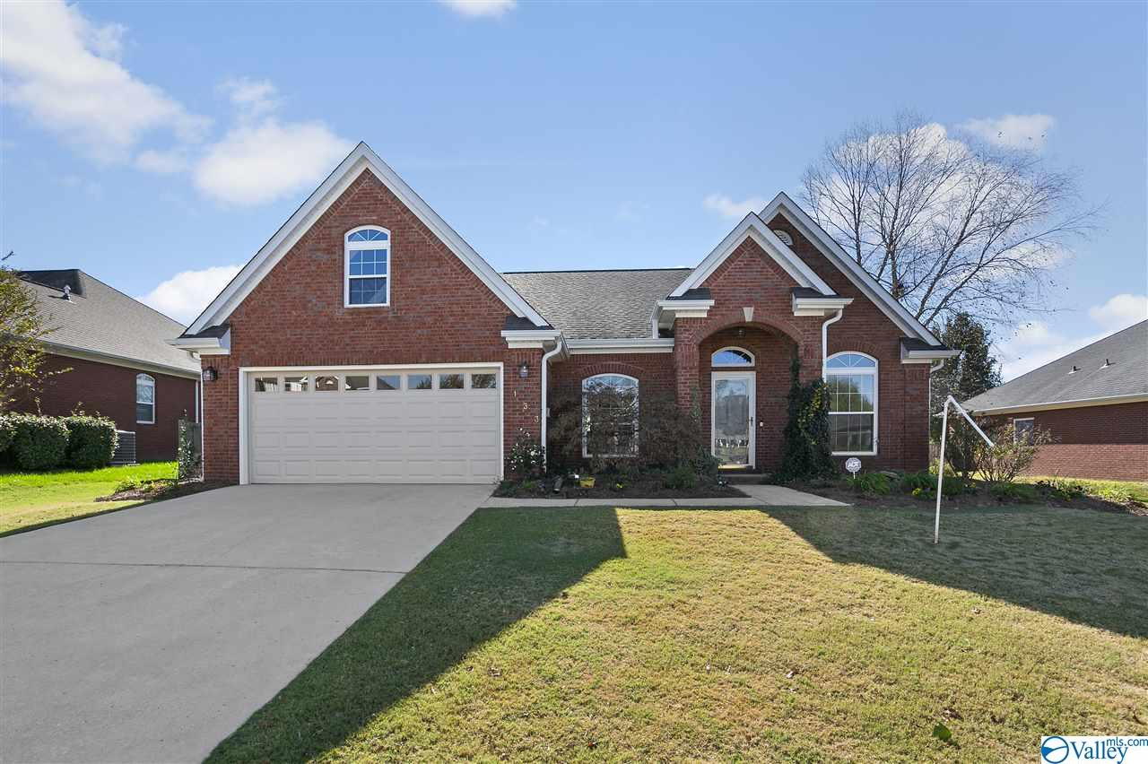 Photo of home for sale at 133 Long Bow Drive, Madison AL