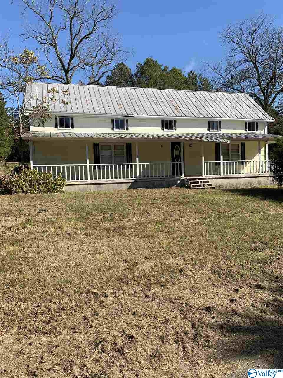 Photo of home for sale at 1230 County Road 113, Centre AL