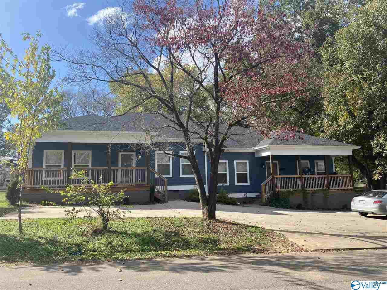 Photo of home for sale at 603/605 Grace Avenue, Athens AL