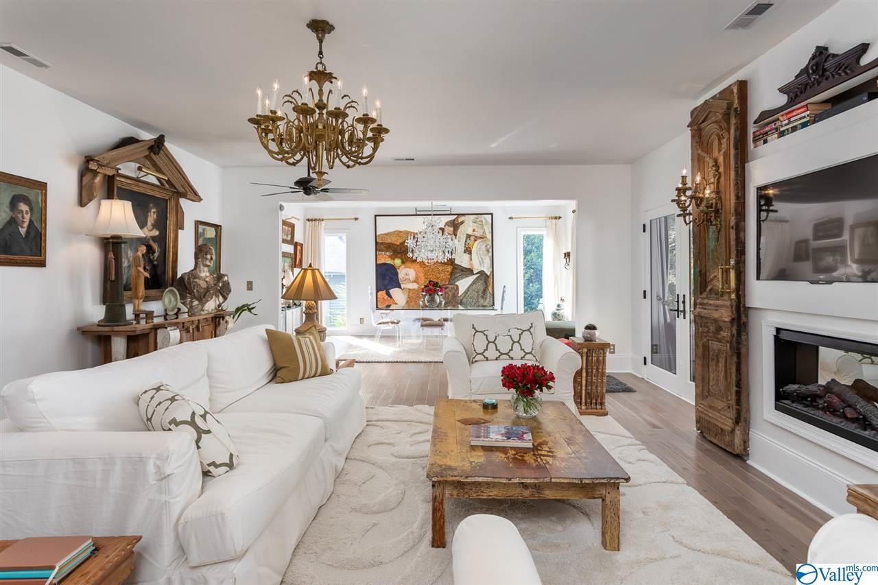 Photo of home for sale at 443 Newman Avenue, Huntsville AL