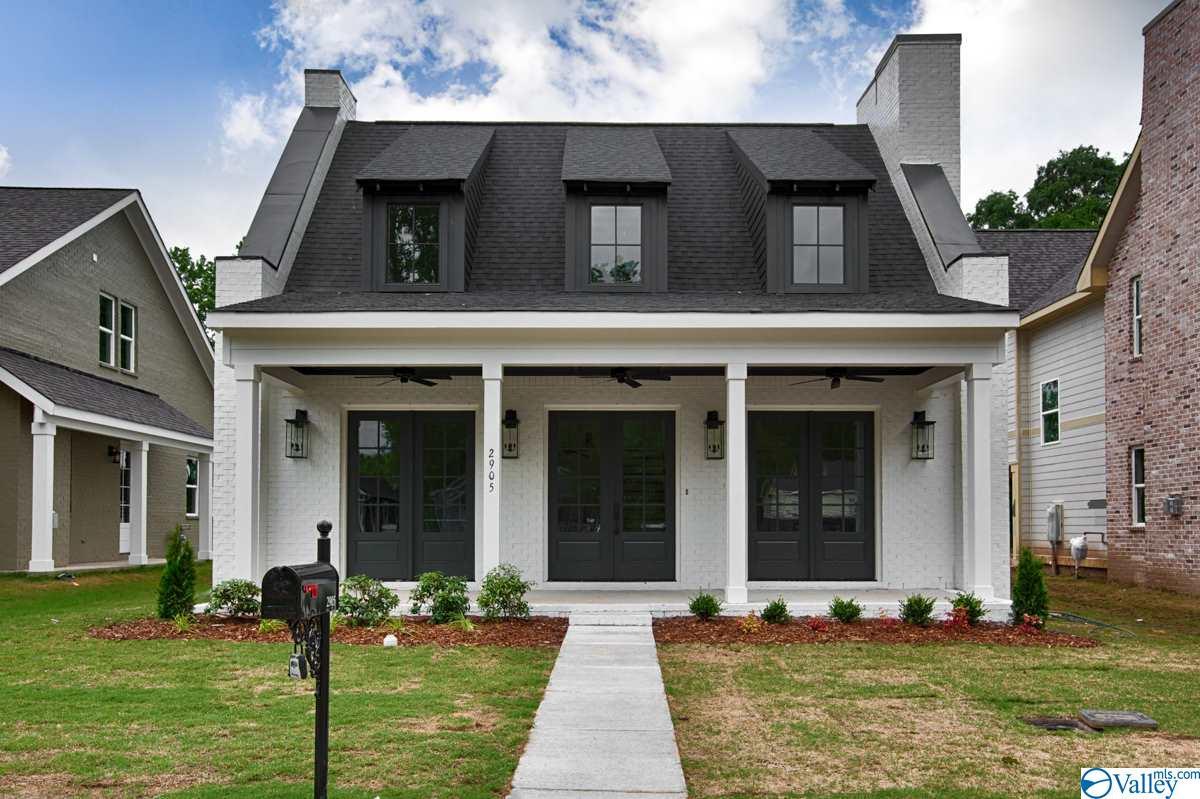 Photo of home for sale at 2905 8th Avenue, Huntsville AL