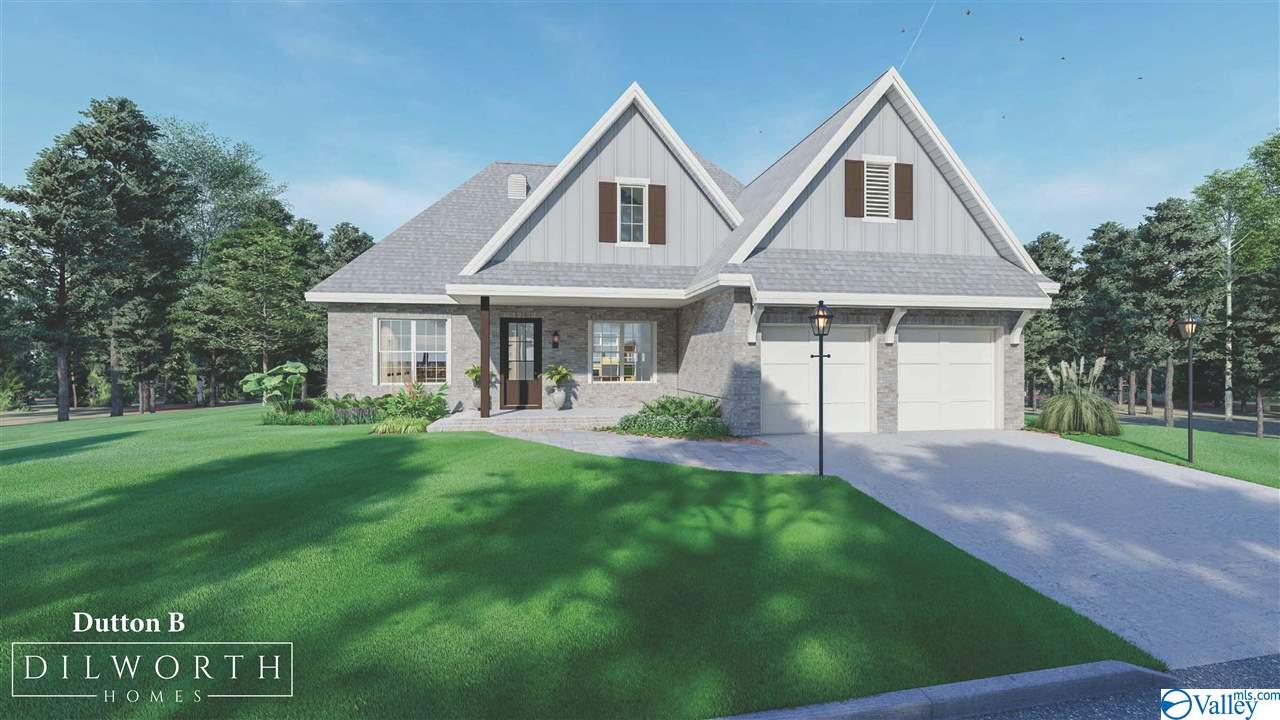 Photo of home for sale at 2016 Cherokee Ridge Drive, Union Grove AL