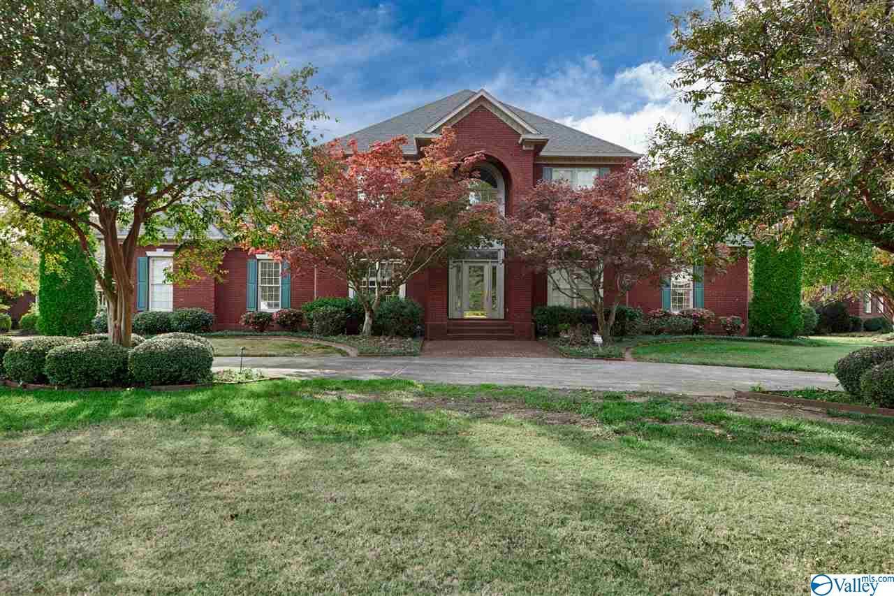 Photo of home for sale at 2613 Treyburne Lane, Owens Cross Roads AL