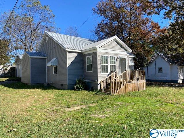 Photo of home for sale at 3 Loner Avenue, Gadsden AL