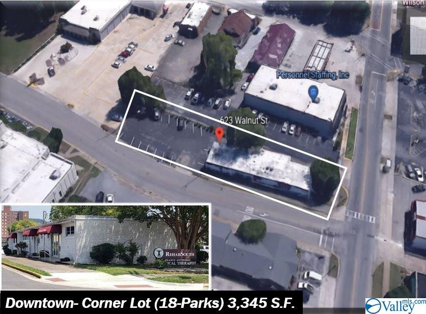 Photo of home for sale at 623 Walnut Street, Gadsden AL